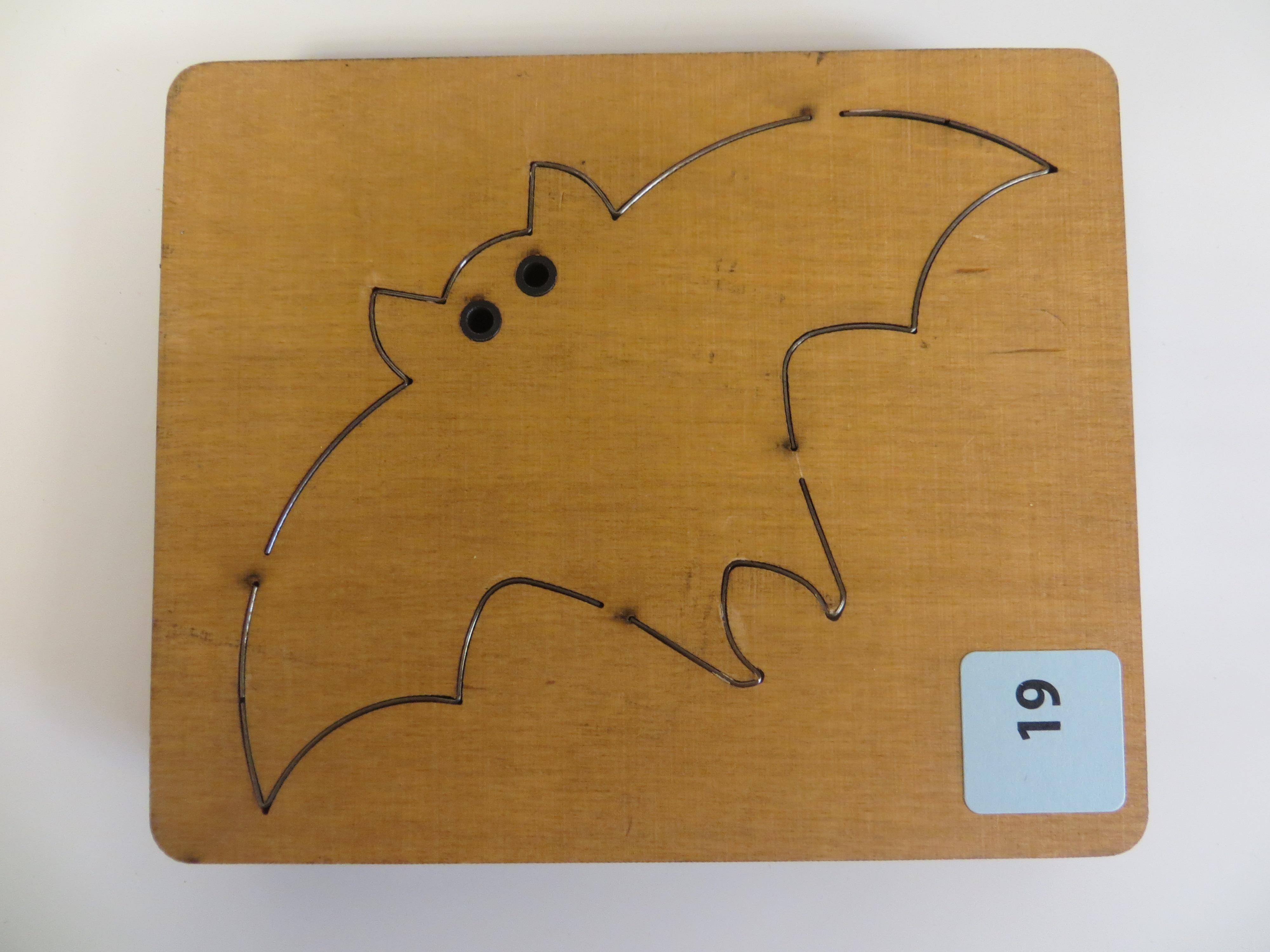 #19 Large Bat2